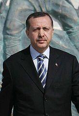 Reĝep Tajjip Erdoan (Recep Tayyip Erdoğan), foto el Vikipedio