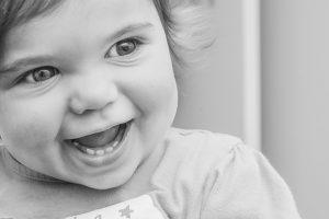 Ребёнок весел